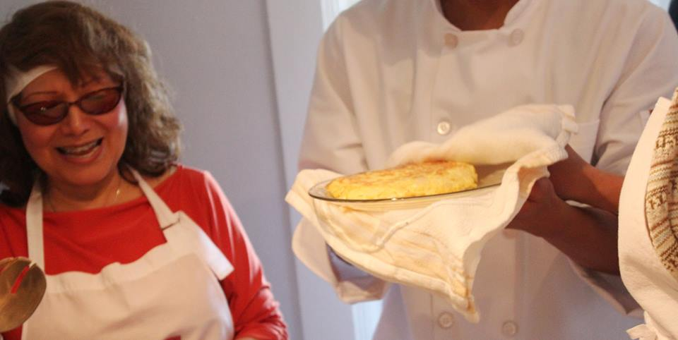 May A Cocinar Tortilla con Juevos.jpg