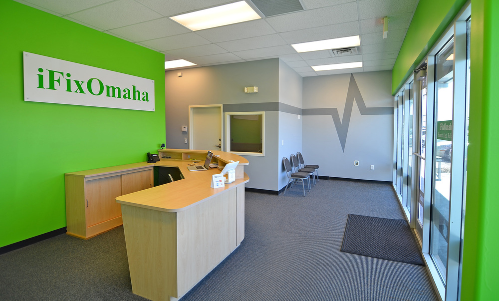 All that's missing is YOU!  Come in and check us out.  Thanks, Papillion, for welcoming iFixOmaha to the neighborhood.  We're very excited to be here!