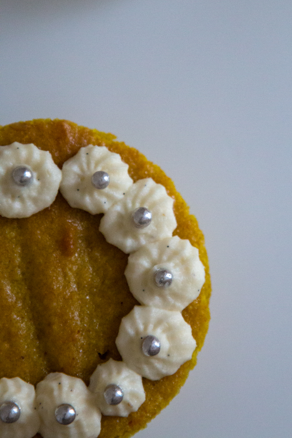 Turmeric, Honey and Tahini Mini Cakes + White Chocolate and Mascarpone ...