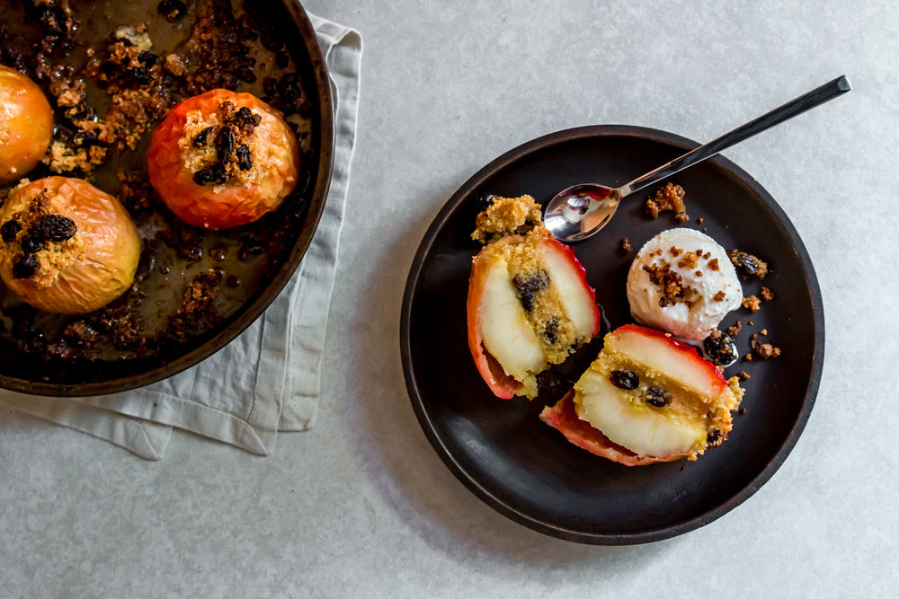 Stuffed baked apple -11.jpg