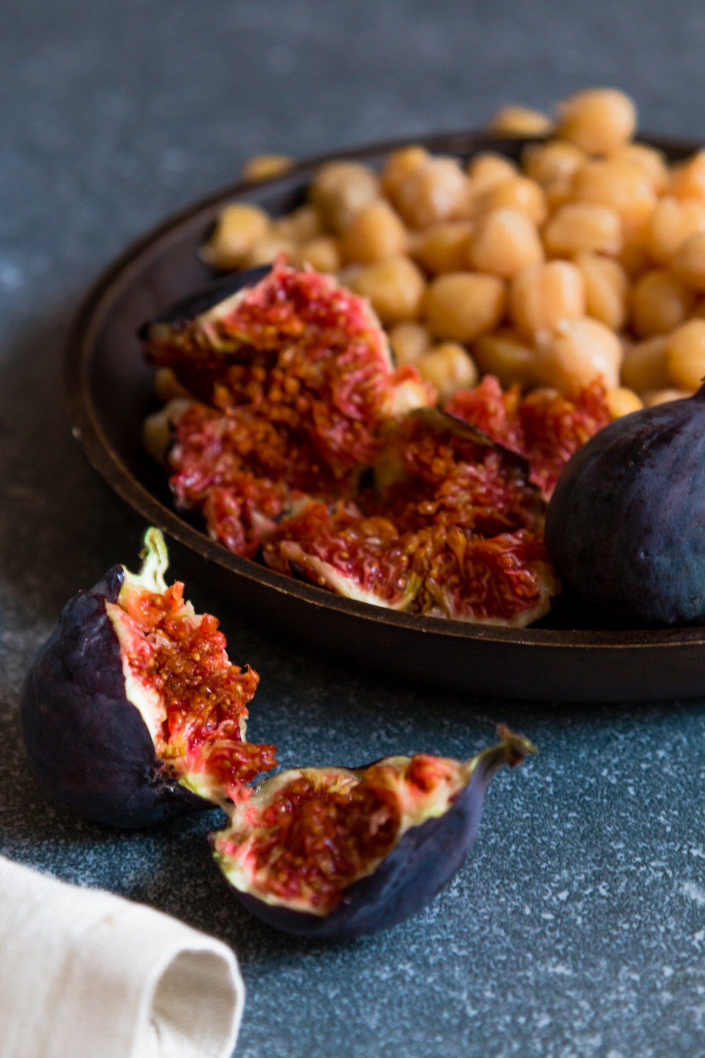 Chickpea and figs chicken tagine -4.jpg