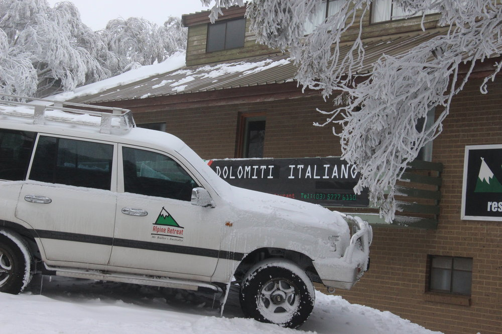 Take the Alpine Retreat shuttle service - We can pick you up in Melbourne or at Tullamarine airport and bring you to the Alpine Retreat's front door if you are in a group of 4 (or 5 with children)