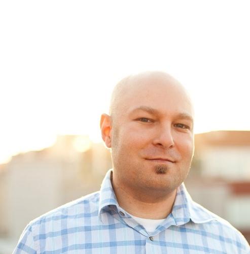 @SomeRandomDude別名PJ Onoriは、@UseIconicや私たちのアプリにも使われているシンプルで素晴らしいアイコンのデザイナーです。