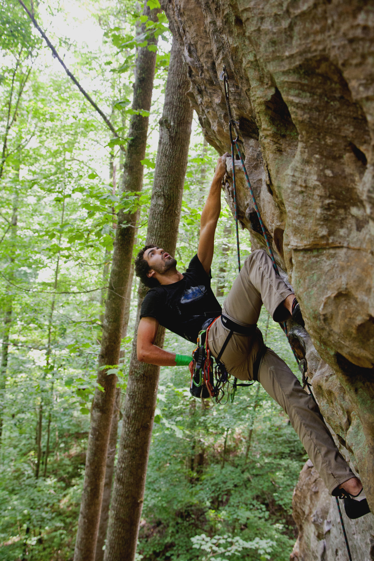 Alex Giodarno warming up on Johnny B. Good 5.11a at The Red River Gorge, KY