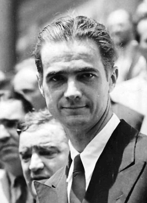 Howard_Hughes_1938 (1).jpg