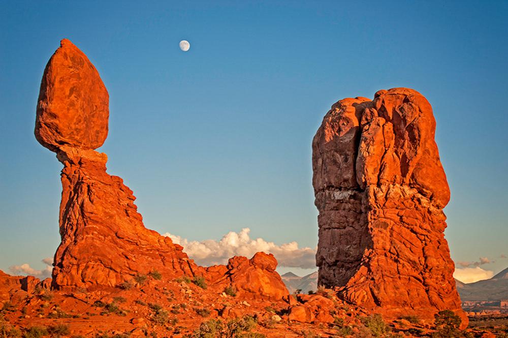 Full Moon Over Balanced Rock