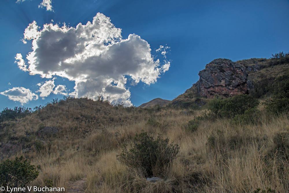 Divine Cloud Leaving Tambo Macha