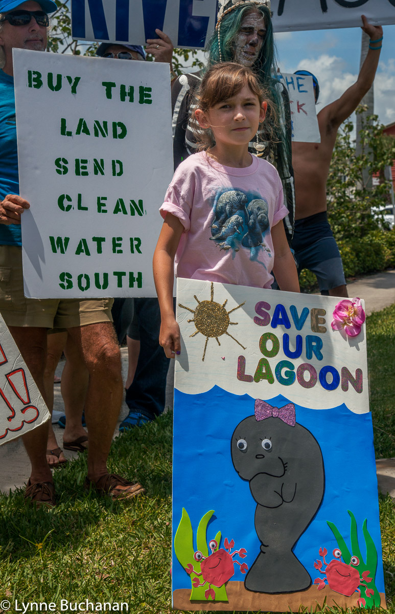 Youngest Volunteer at the Manatee Observation Center Asking For People to Save the Lagoon
