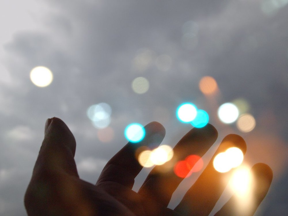 hand and lights