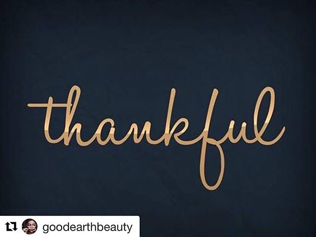 Thankful for family, friends, life and love.  Be generous & grateful today & always. Thank you for reminder @goodearthbeauty #Repost . . . #thankful #grateful #instaholiday #holidayseason #thanksgivingday #holidays #family #friends #holidayquotes