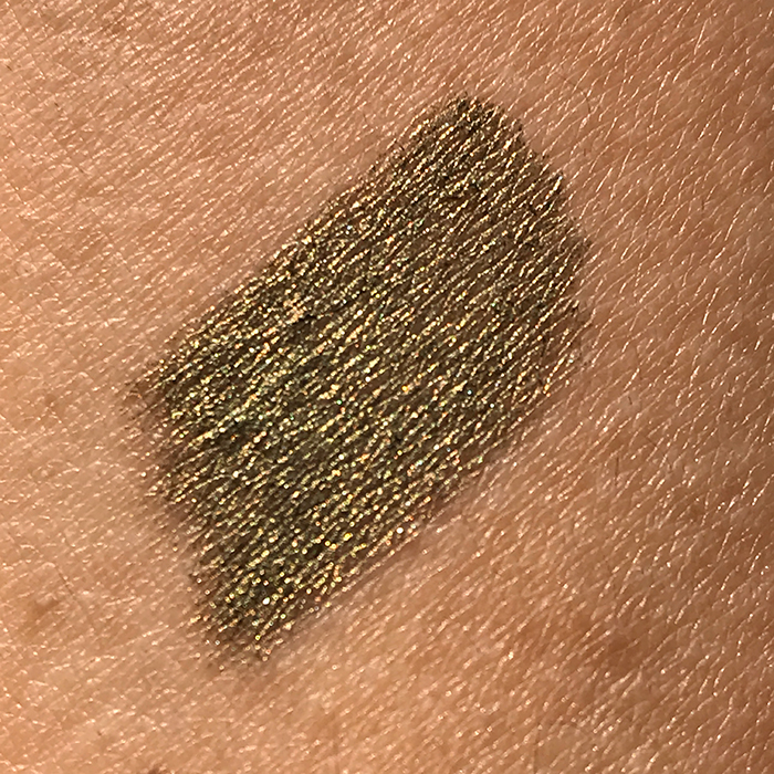 L'Oreal Color Riche Le Stylo Smoky Eye Shadow In 'Glamour Khaki'