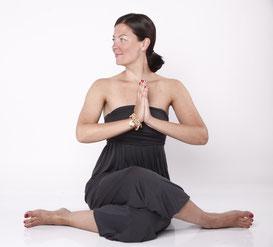 denise yoga.jpg