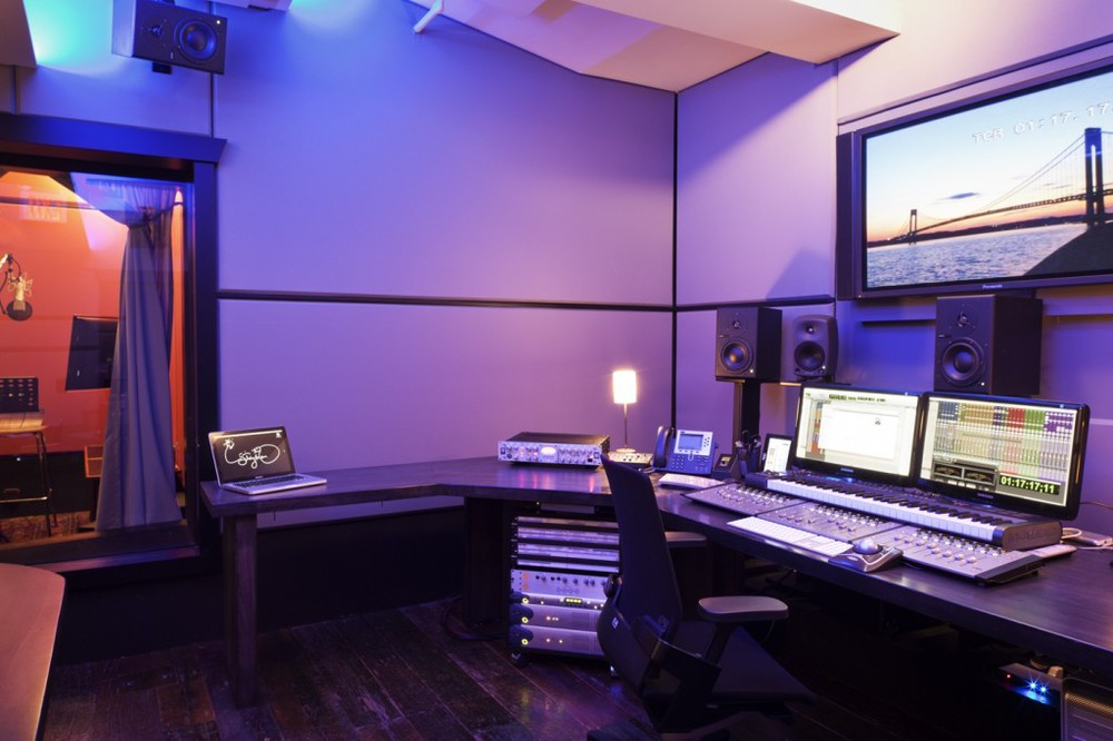 Mix 2 - 5.1 Mix & Edit Room