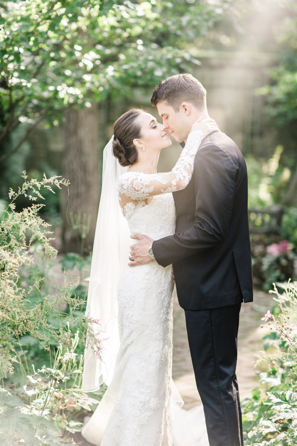 Weddings are about moments and memories, - Sarah at Sarah Renee Studios specialize in capturing authentic, organic memory making moments that last a lifetime.