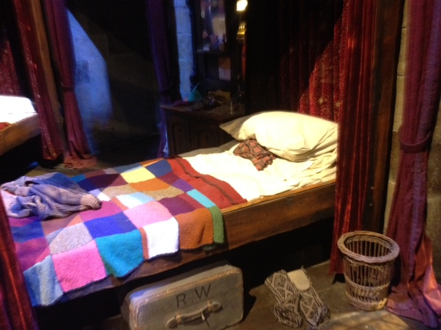 Potter tour - bed