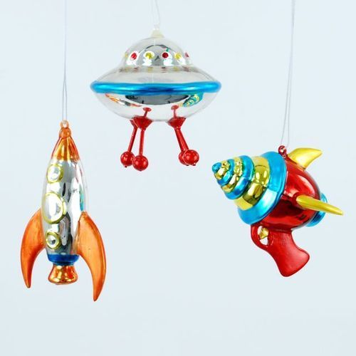 Spaceship tree decorations