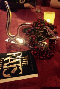 The statuette (plus a wreath and a copy of The Rats)