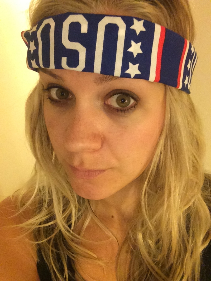Hey Kate, your headband is upside down. Cool look, though.