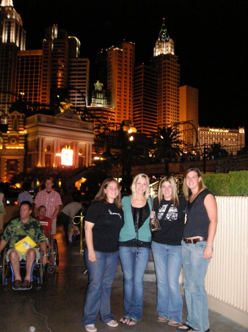 Remember how we said in our blog yesterday that we drove from NH to LA with our 2 friends...here is a pic to prove it :) August 2006. Pitstop in Vegas. Ha! Great memories.