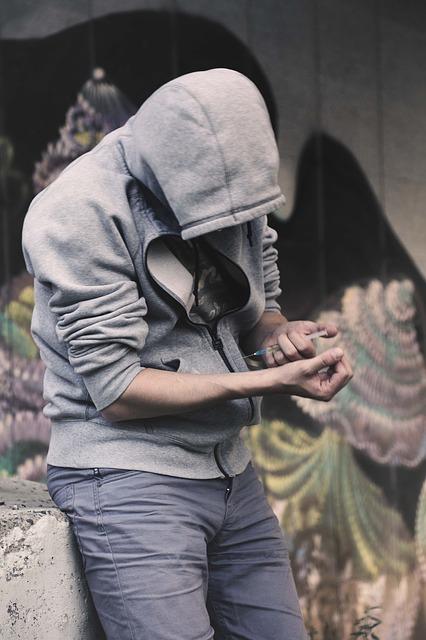 addict-2713550_640.jpg