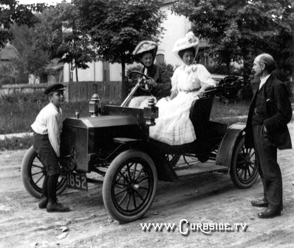 how to start the famous model t ford curbside car show calendar. Black Bedroom Furniture Sets. Home Design Ideas