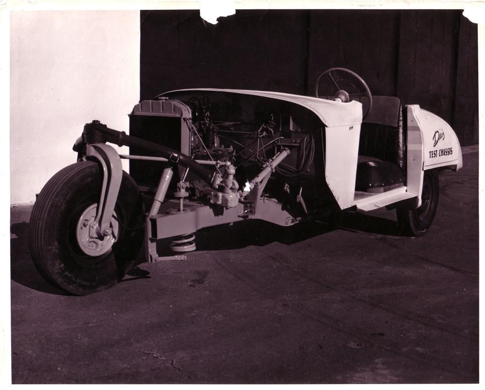 Davis.1948.display chassis.jpg