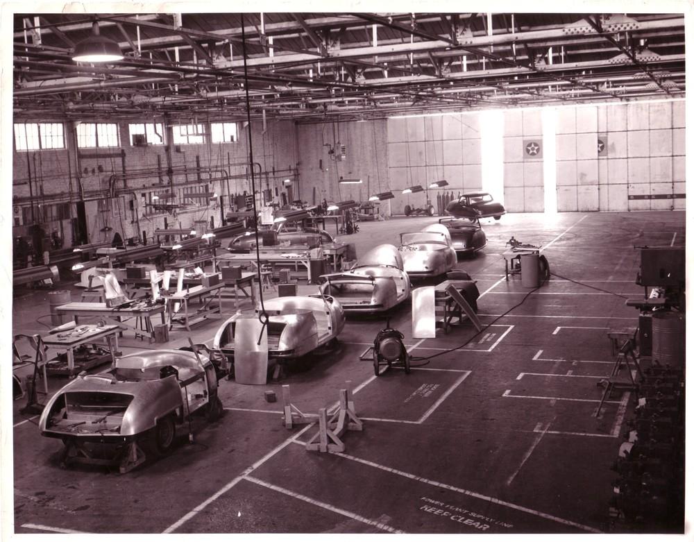 Davis.1948.factory interior.jpg