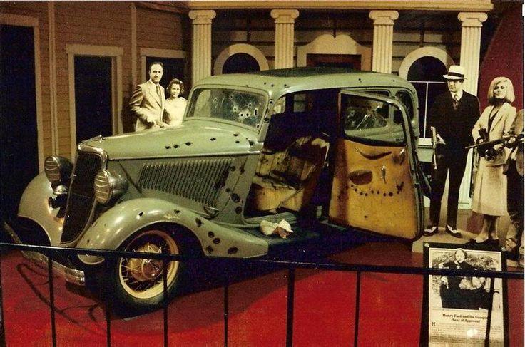 Bonnie-Clyde-deathmobile.jpg