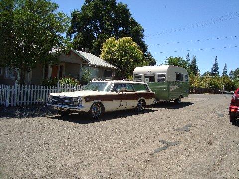 ford-trailer-ferguson.JPG