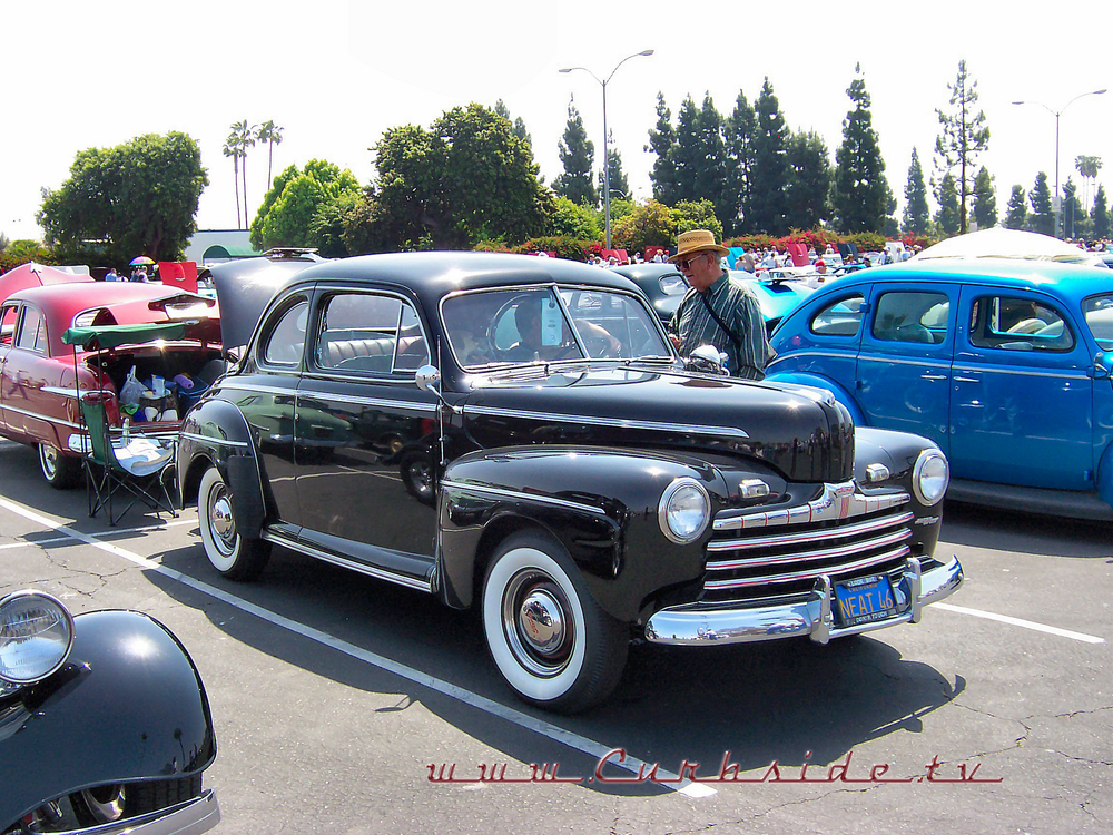 1946 Ford Coupe.png