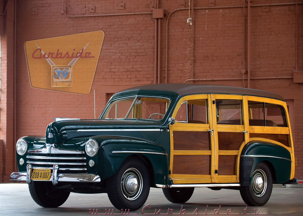 1947 Ford Super Deluxe Woody Front.png