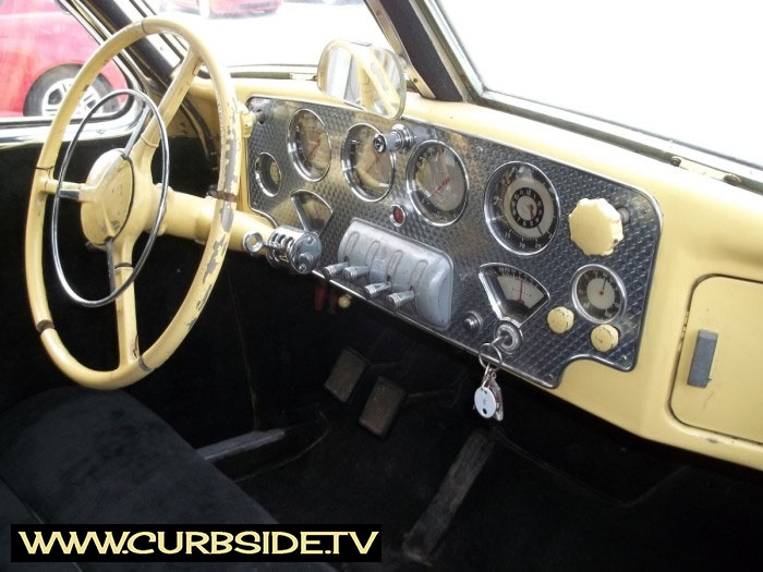 Cord-810-Instrument-Panel.jpg
