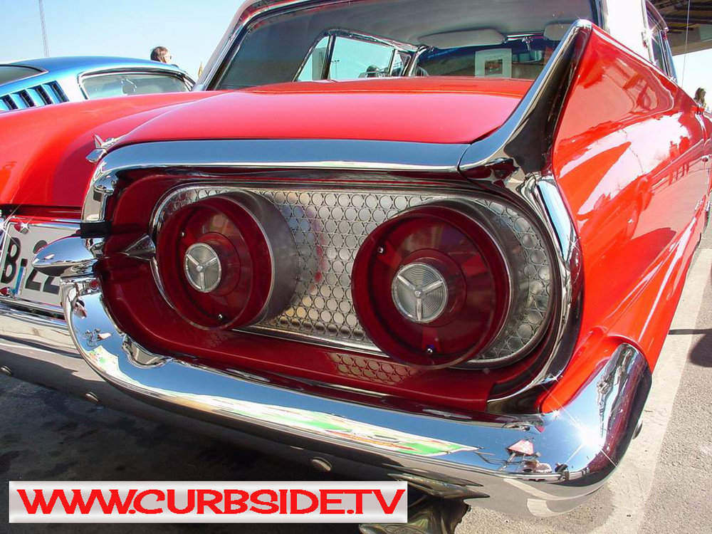 Thunderbird-taillight-1958.jpg