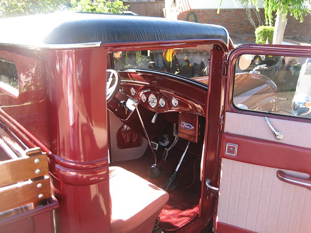 1934 Truck interior.jpg
