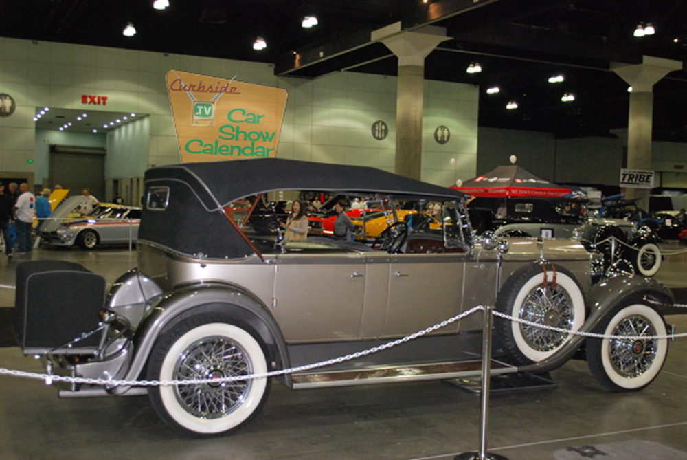 Classic-Car-Show-04.png
