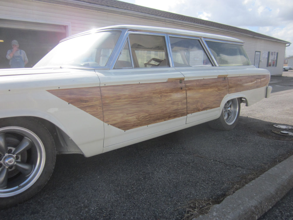 Marvin Cox custom woodgrain paint on a Ford wagon