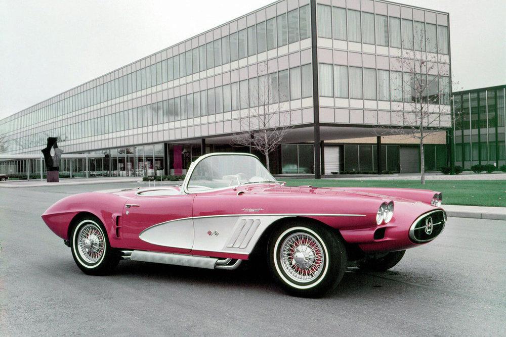 Weird-Corvette.jpg