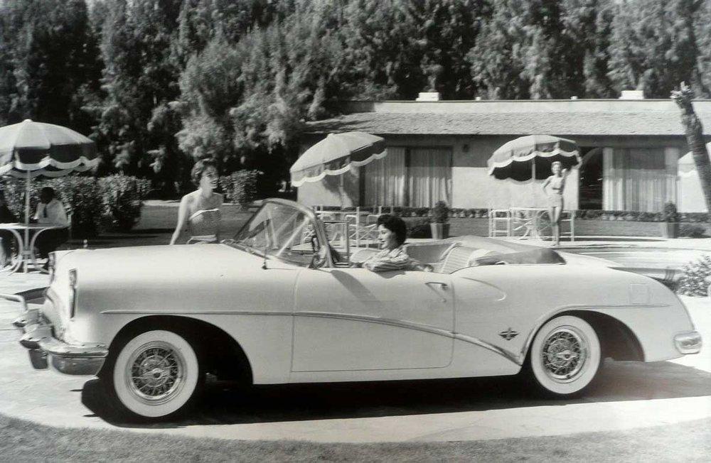 1954-Buick-Skylark-Convertible-2.jpg