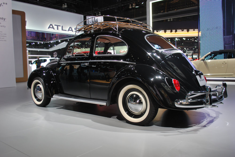 Vintage VW Beetle at the 2018 Los Angeles International Auto Sho