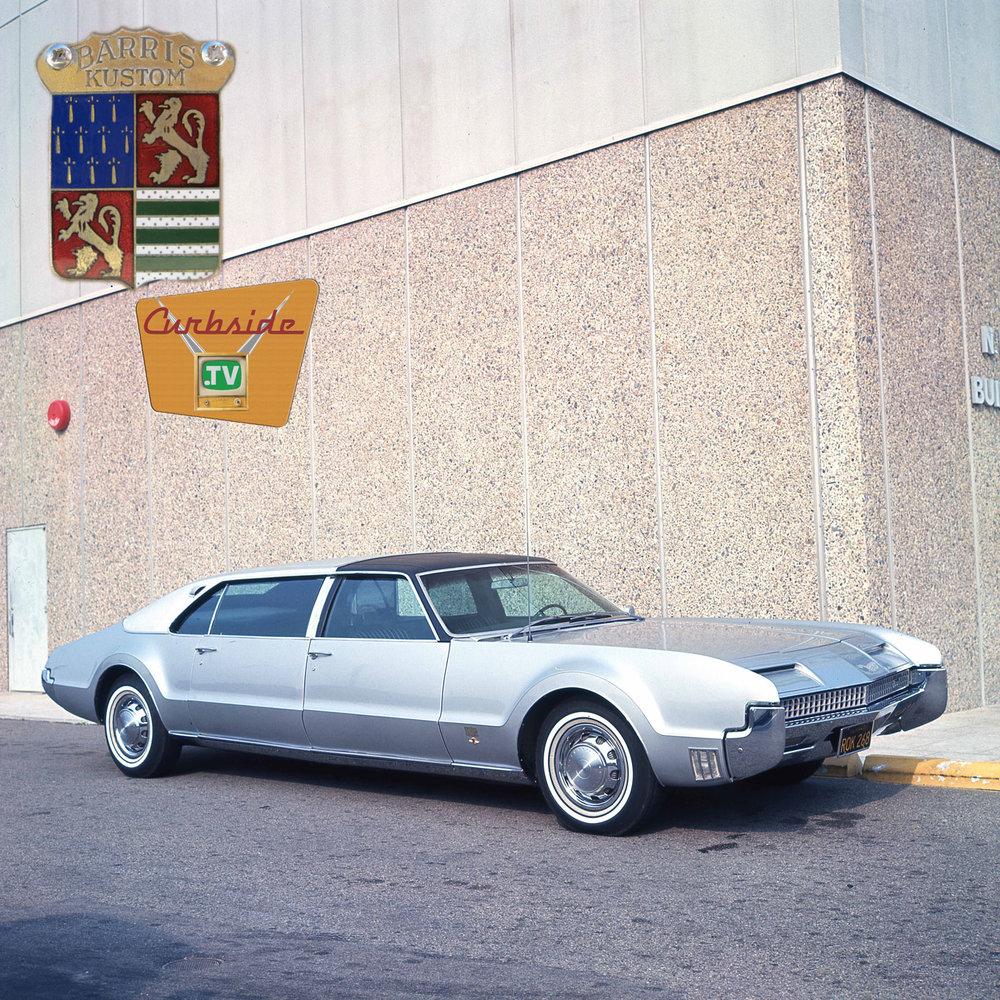 Barris-Toronado-limousine.jpg