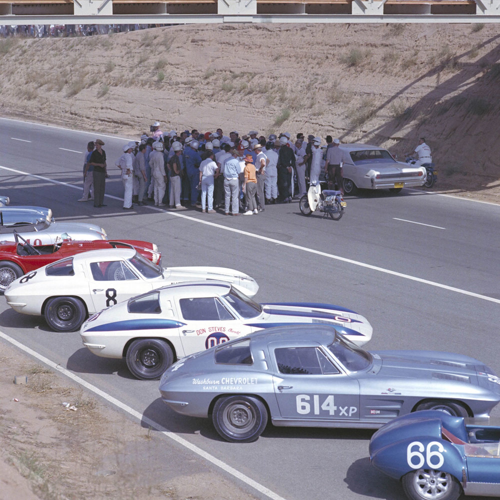 Corvettes-at-race-day.jpg