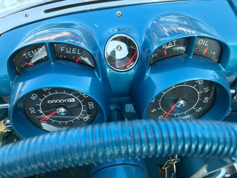 LaSalle-Instrument-panel-roadster.jpg