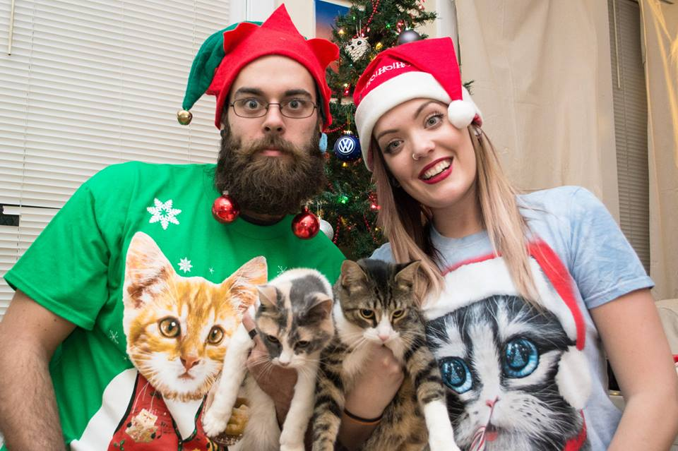 2014 Awkward Cat Family