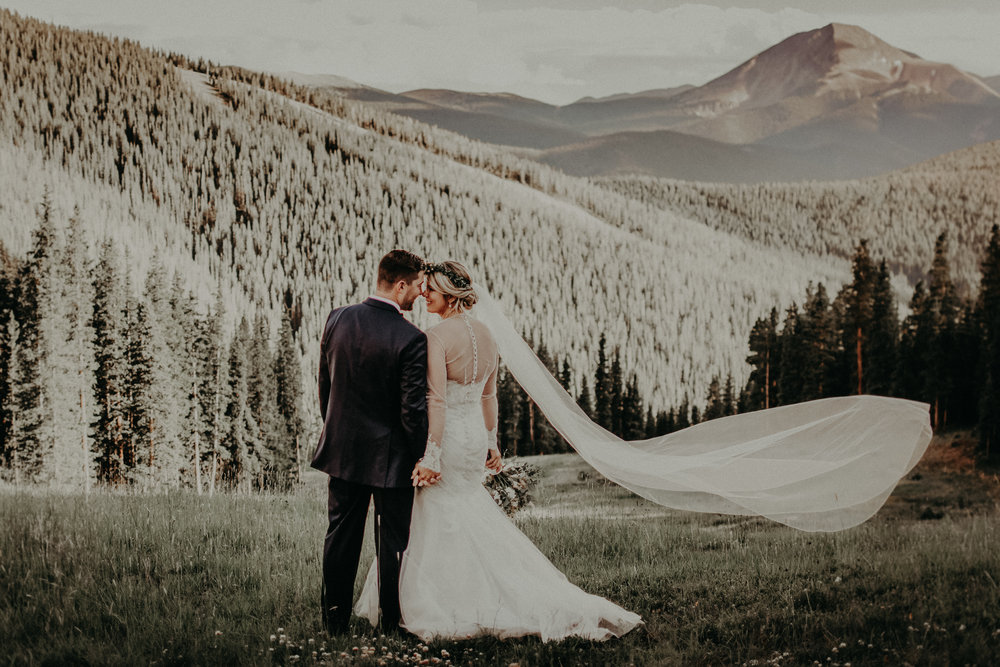 Colorado Mountaintop Wedding at Keystone Resorts