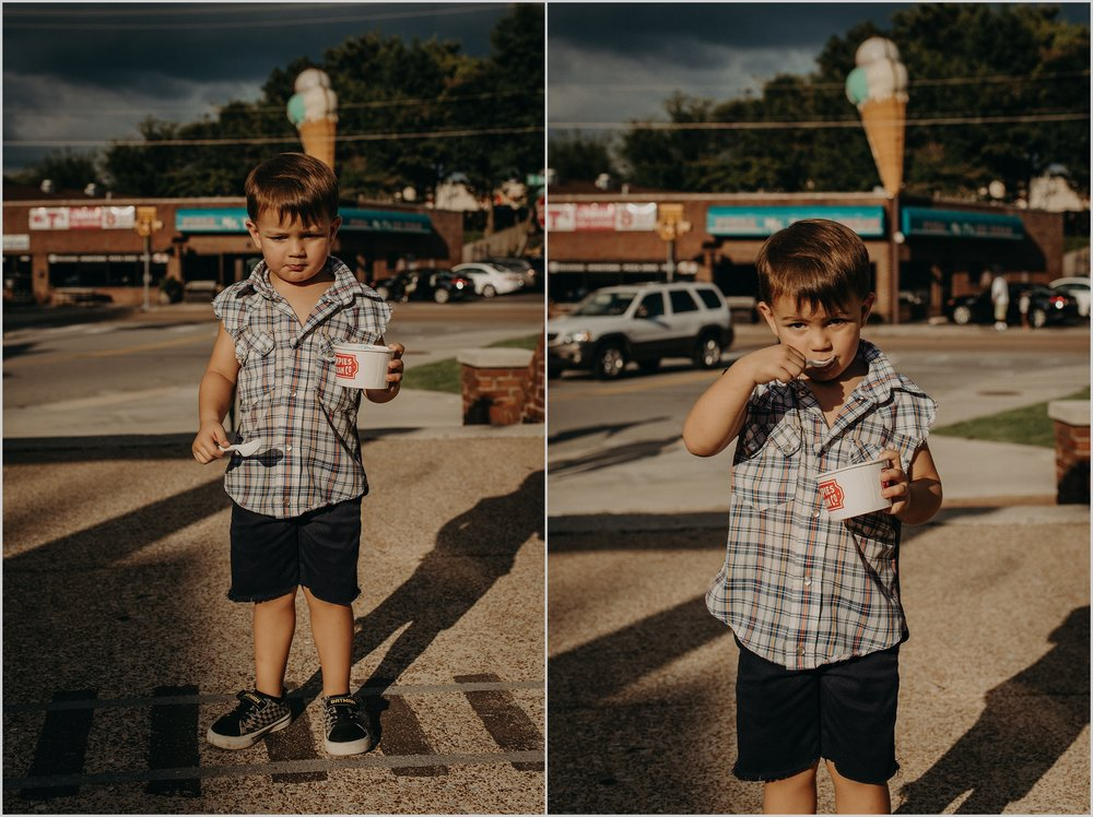 Louie eats his ice cream in front of the big ice cream statue over Mr. T's Pizza in St. Elmo, Chattanooga, TN