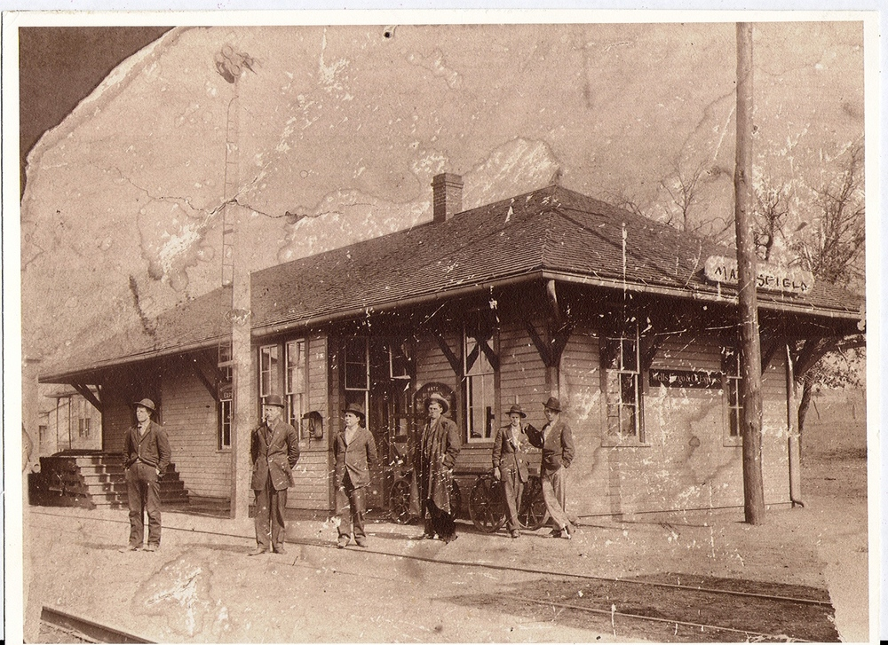 82322 Mansfield Depot c 1915 .jpg