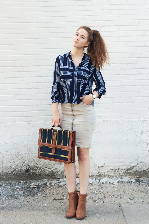 Shirt:Similar Here| Skirt:Similar Here| Boots:Similar Here| Watch:Here| Original post:Here
