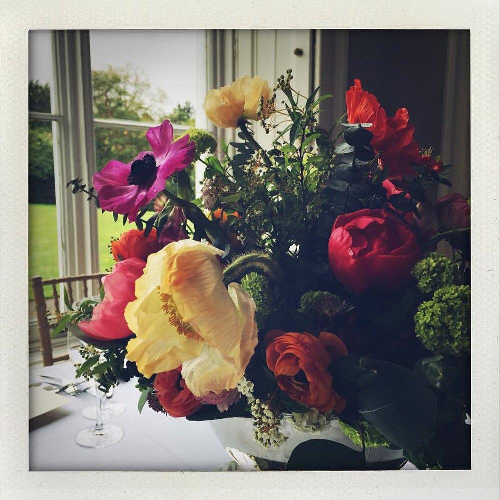 Flower Bomb courtesy of @byrdandspry #charltonandlolaweddings #londonweddings #weddingplanning #weddinginspiration #freshowers #flowerpower #naturelover #blossom #countrywedding #london