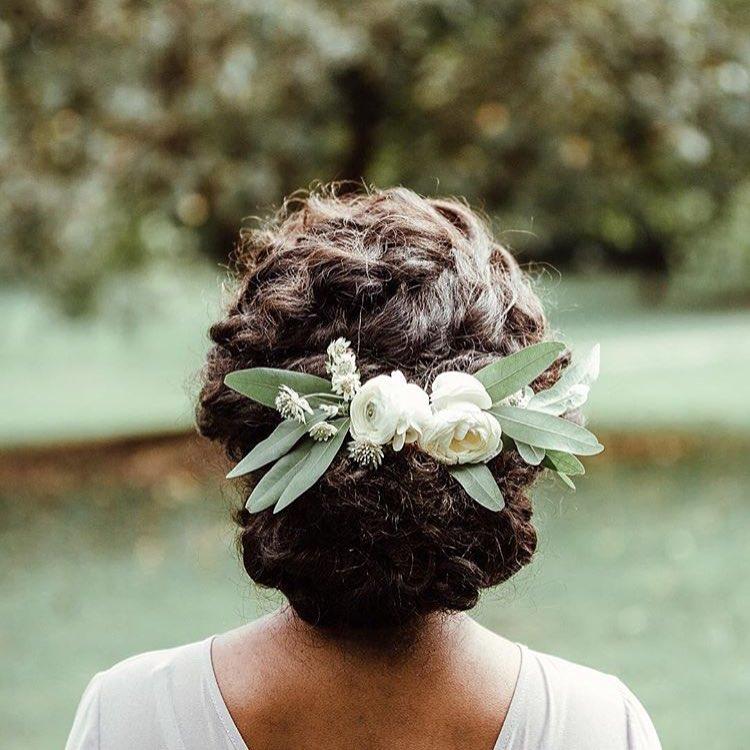 Sunday Floral Inspiration. (Image: @asiyami_gold) Cordelia Vibes. #sundaybeautiful (at New York, New York)