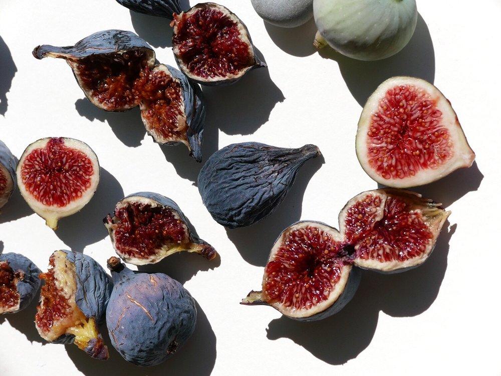 lanemarinho: les figues du jardin . provence . Nature's Bliss.